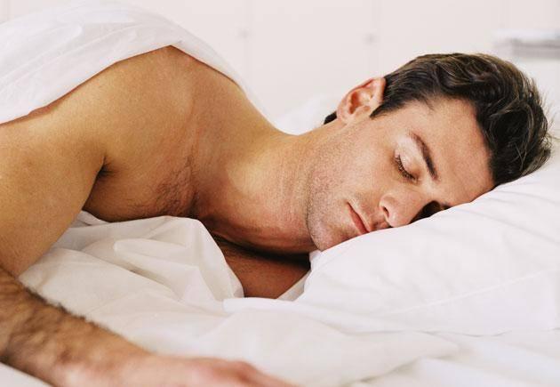به روند چربی سوزی بدن با خواب منظم سرعت ببخشید