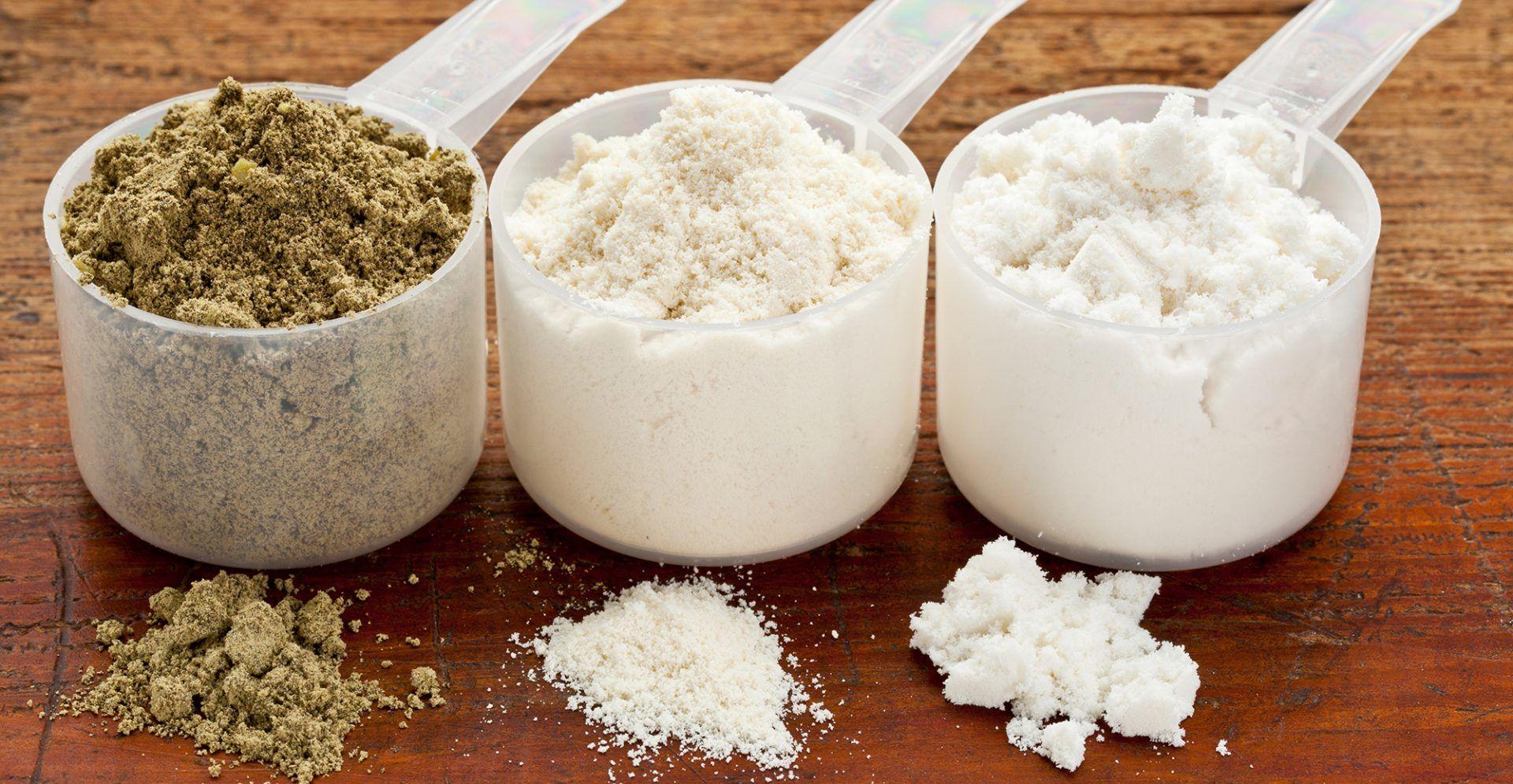 شیک پروتئین وی با آب بهتر است یا شیر ؟
