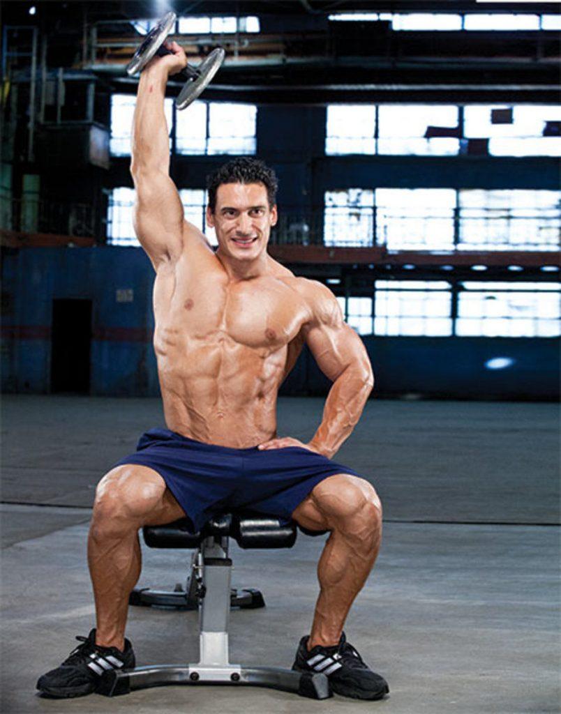 چند نکته ساده برای رشد بیشتر عضلات سینه